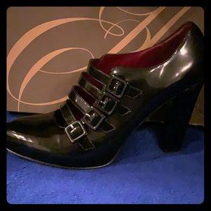 "Enzo Angiolini ""Eacalandra"" Black leather heels"